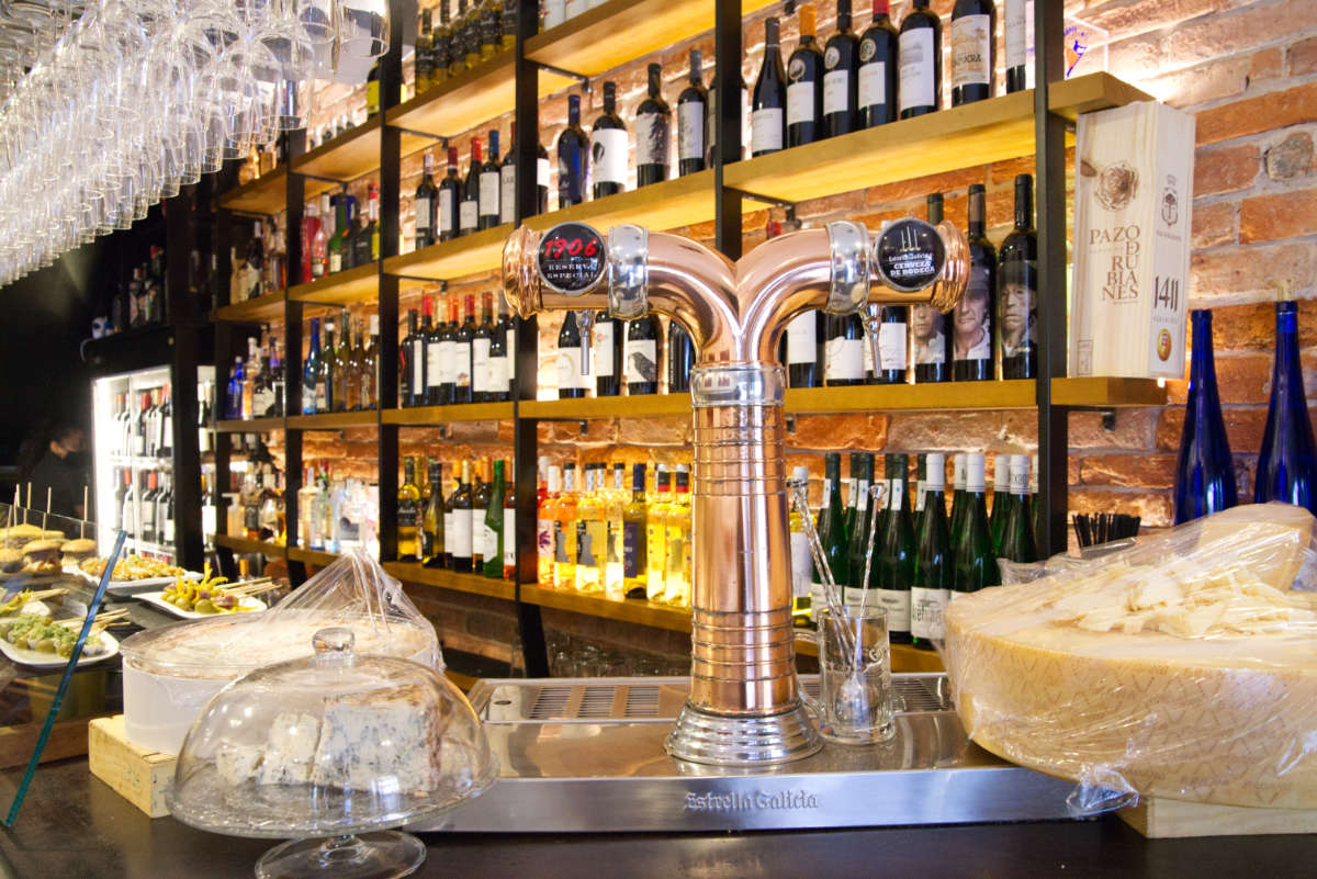 Vista del bar Brasserie Turcanu de Castro Urdiales